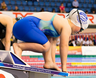 Georgie Howell on the start block at Ponds forge